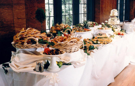 buffet-table